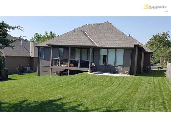 Back of house, huge yard (photo 2)