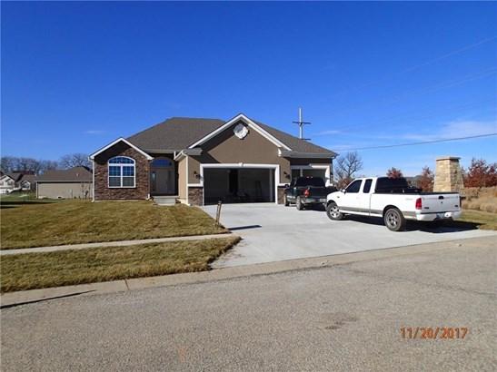 3908 Corinth Drive, St. Joseph, MO - USA (photo 1)