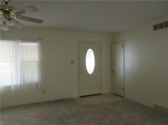 ENTRANCE INTO LIVING ROOM (photo 4)