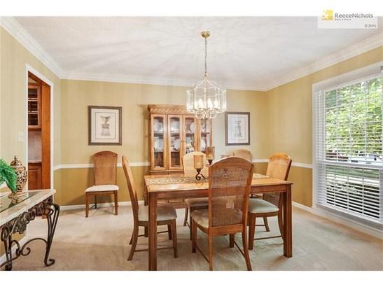 Formal Dining Room (photo 3)