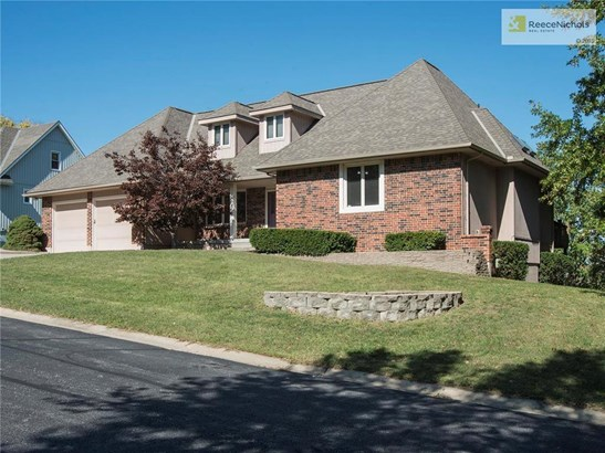 Stately 1.5 story in a private, gated community - 18118 E Fall Drive in The Falls. (photo 1)