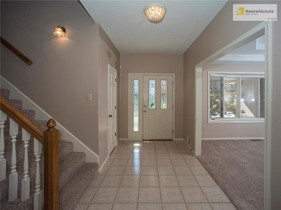 Gracious foyer that opens to the Formal Dining Room and............. (photo 4)
