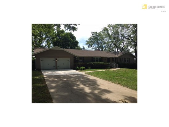 9841 Overbrook Court, Leawood, KS - USA (photo 1)