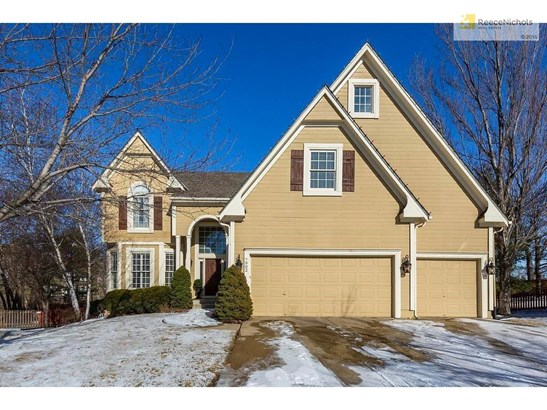Sharp 2 Story on a large cul-de-sac lot with a flat driveway all ready for kids to play. (photo 1)