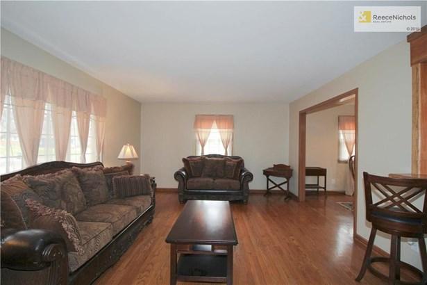 10509 E 65th Street, Raytown, MO - USA (photo 2)