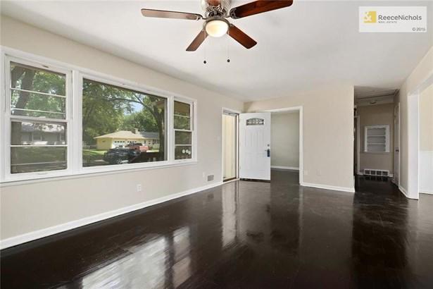 9701 E 77th Terrace, Raytown, MO - USA (photo 4)