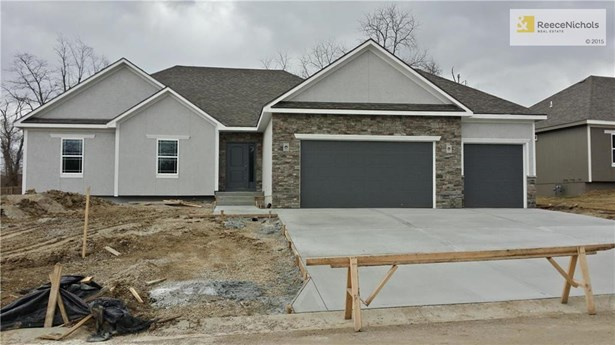 1403 Nw Burr Oak Lane, Grain Valley, MO - USA (photo 1)