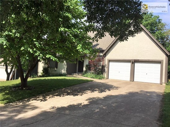 8630 Oakview Drive, Lenexa, KS - USA (photo 1)