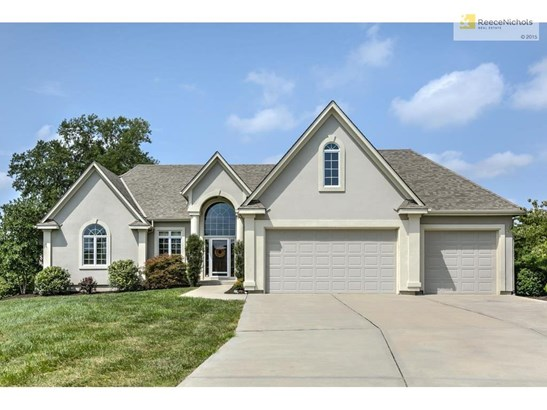 15710 S Meadowbrook Court, Raymore, MO - USA (photo 2)