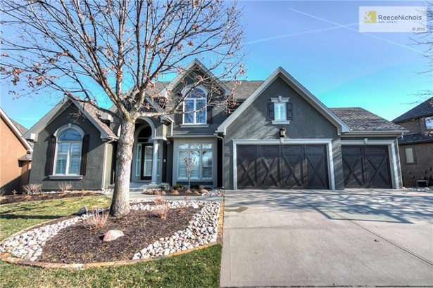 8116 Clearwater Drive, Parkville, MO - USA (photo 1)