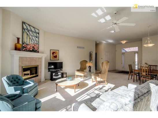 8423 W 156th Terrace, Overland Park, KS - USA (photo 2)