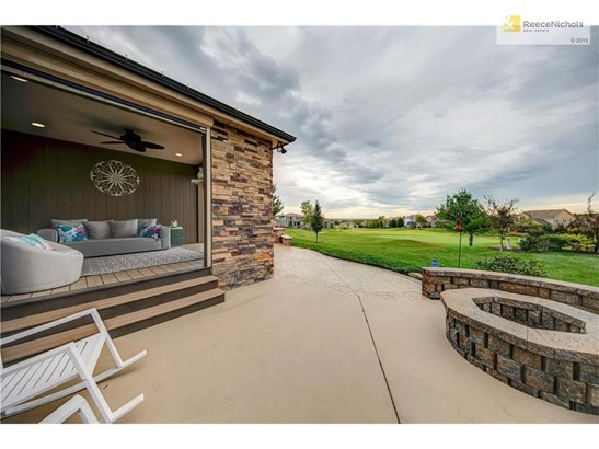 Gorgeous view, gas fire-pit and lanai, stamped concrete patio. (photo 4)