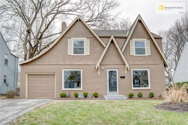 Charming updated tudor in Rockhill Gardens.  Double car driveway. Nothing to do but move in! (photo 1)