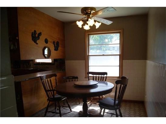 160 Cornell Avenue, Bonner Springs, KS - USA (photo 4)