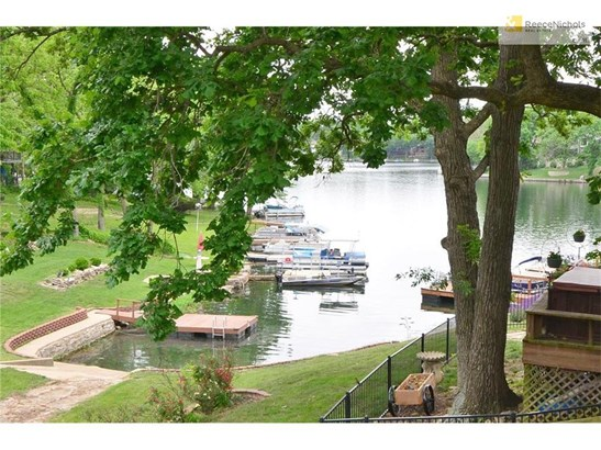 465 North Shore Drive, Lake Waukomis, MO - USA (photo 3)