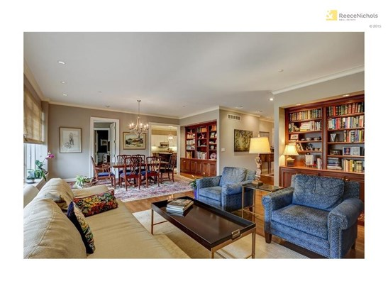Beautiful Open Great Rm with Hardwoods, Built-Ins and Balconey (photo 3)
