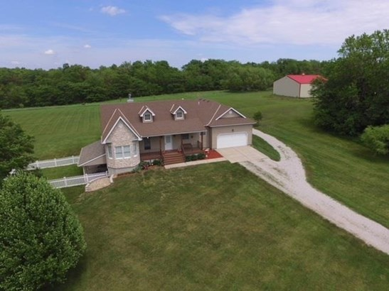 4250 Se Fox Run Court, Lathrop, MO - USA (photo 2)