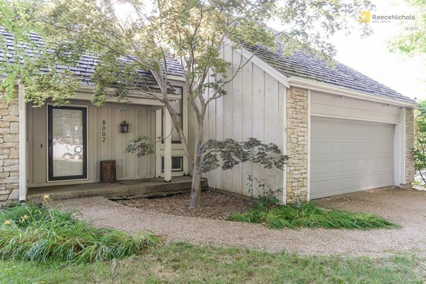 8002 Haskins Street, Lenexa, KS - USA (photo 2)