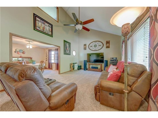 18646 Evergreen Drive, St. Joseph, MO - USA (photo 4)