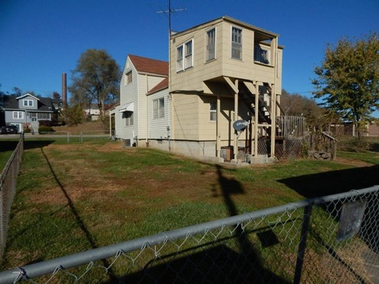 Back of house (photo 3)
