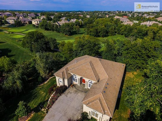 Ultimate escape to this private, treed oasis on the golf course and close to the city! VERY unique opportunity! (photo 1)