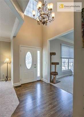 Stunning 2 story entry welcomes you inside. (photo 2)