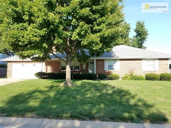 7601 Overton Avenue, Raytown, MO - USA (photo 1)