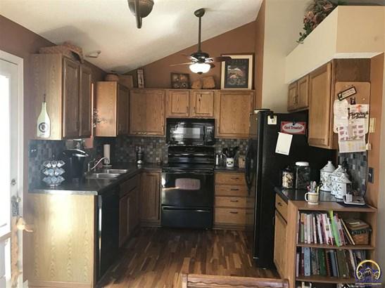 2632 Sw Ancaster Rd , Topeka, KS - USA (photo 3)