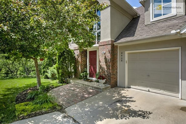 8408 Pflumm Circle, Lenexa, KS - USA (photo 2)