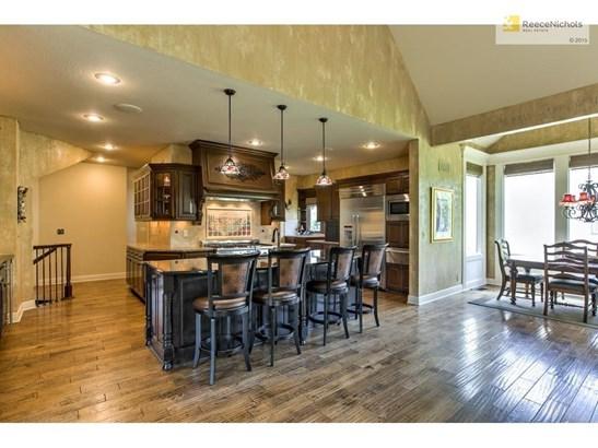 9300 W 156th Place, Overland Park, KS - USA (photo 4)