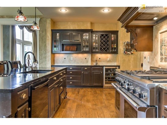 9300 W 156th Place, Overland Park, KS - USA (photo 5)