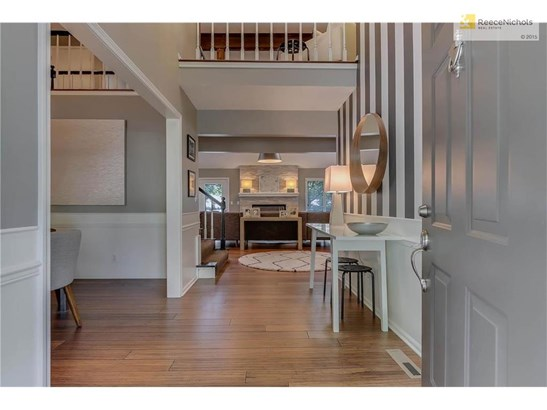 Gorgeous bamboo hardwood floors throughout entire first and second floors. (photo 4)