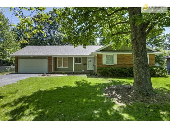 7905 Hardy Avenue, Raytown, MO - USA (photo 1)