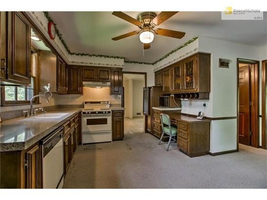 10226 Goddard Street, Overland Park, KS - USA (photo 5)