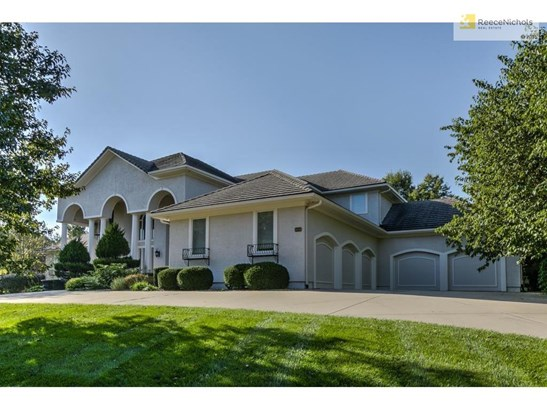 14556 Granada Circle, Leawood, KS - USA (photo 2)