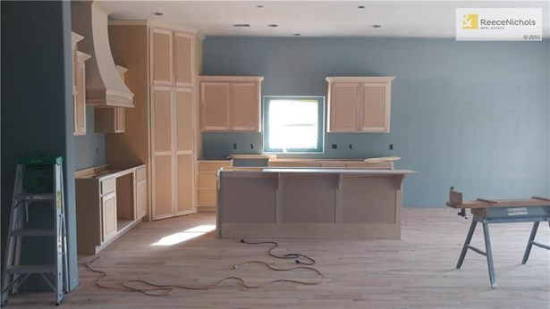 Photos are simulated -- Home is under construction will be ready in 60 days. (photo 4)