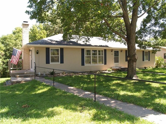 543 S Bluegrass Drive, Bonner Springs, KS - USA (photo 1)