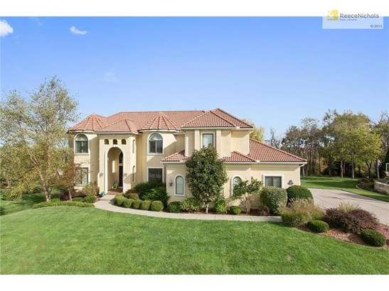 9746 Sunset Circle, Lenexa, KS - USA (photo 2)