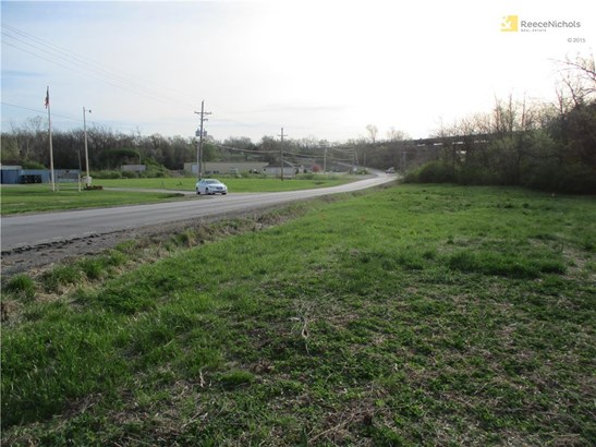 Looking towards B Highway (photo 3)