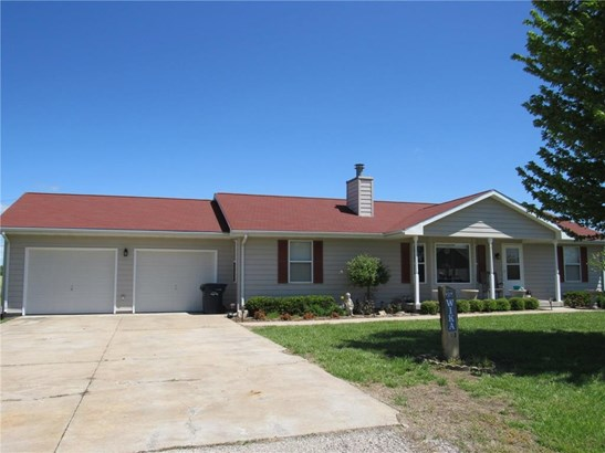 426 Van Buren Road, Osage City, KS - USA (photo 1)