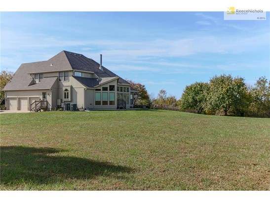 8276 W 335th Street, Louisburg, KS - USA (photo 5)