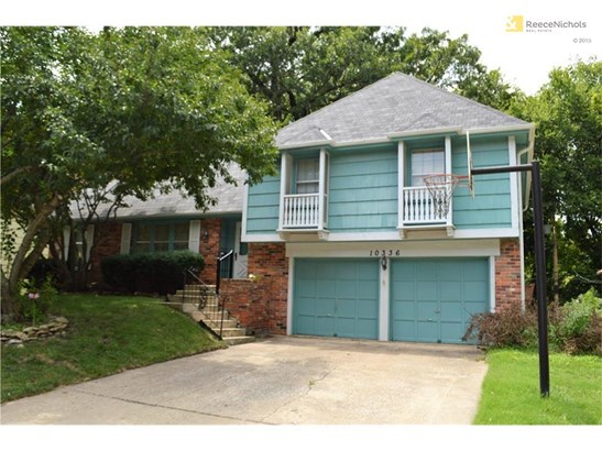 Spacious home!  Sought after Nall Hills Neighborhood. (photo 1)