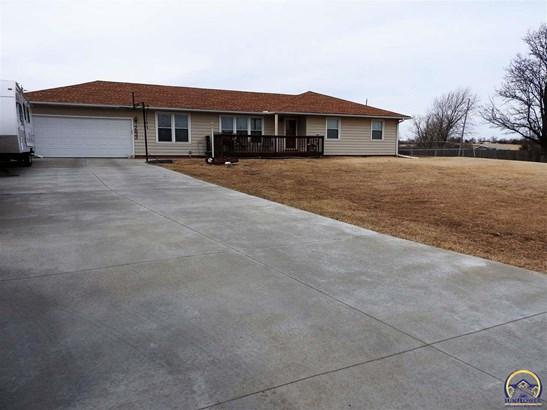 7833 Nw Rochester Rd , Topeka, KS - USA (photo 2)