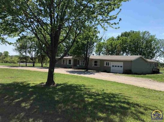 9343 Village Greens Rd , Meriden, KS - USA (photo 2)