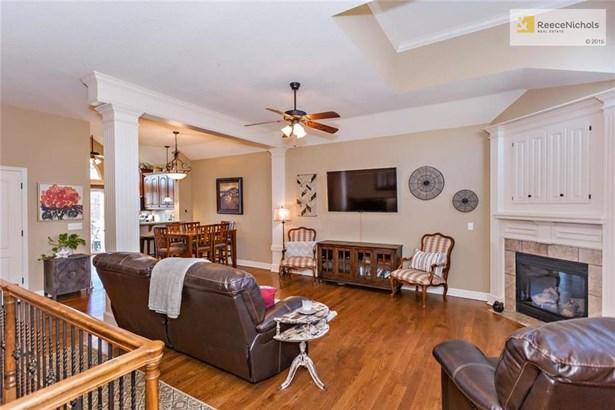 15627 W 61 Terrace, Shawnee, KS - USA (photo 2)