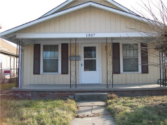 1307 Kansas Avenue, Kansas City, KS - USA (photo 1)