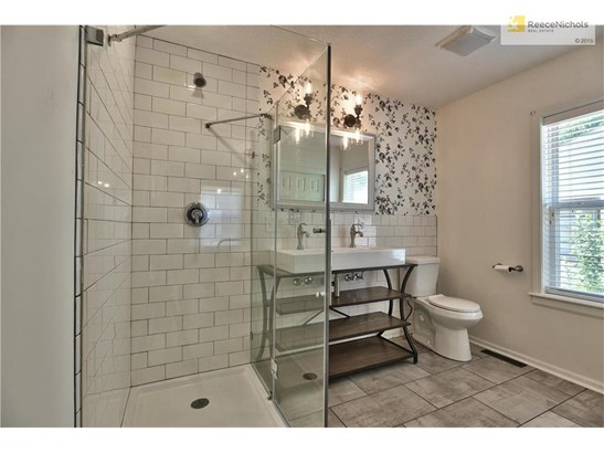 Totally New Dream Master Bath with Walk-in Closet! (photo 4)