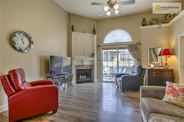 15822 W 61st Terrace, Shawnee, KS - USA (photo 4)