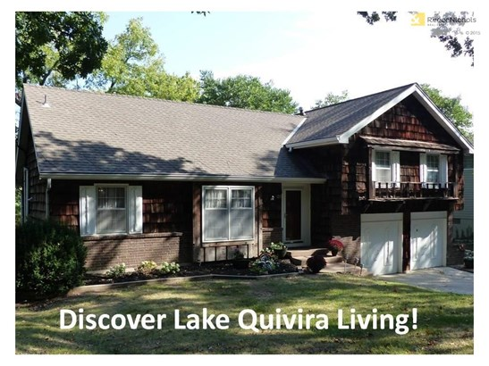 CURB APPEAL IS DARLING FOR THIS NEW LAKE QUIVIRA 5- BEDROOM OPPORTUNITY! (photo 2)