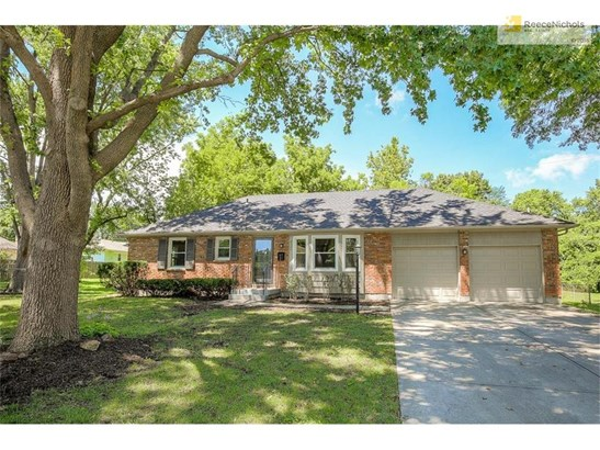 8945 Conser Drive, Overland Park, KS - USA (photo 1)